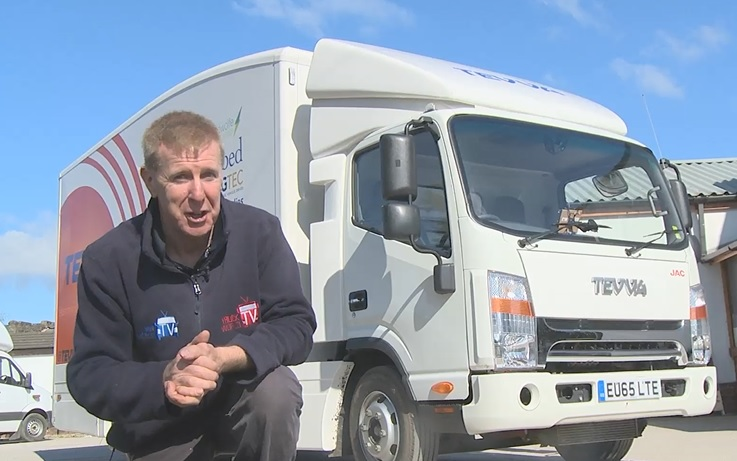 TruckWorld visits Hermes 1m parcel centre, Bandvulc tyres and tests Tevva electric truck!!
